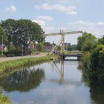 De gele brug in Nieuwerkerk